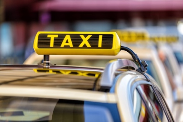 Krankentransporte mit Taxi Minor organisieren.