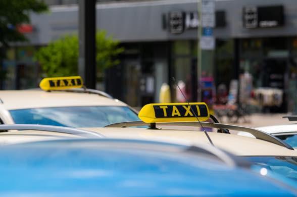 Bringservice: Taxi Baden-Baden / Taxi Minor